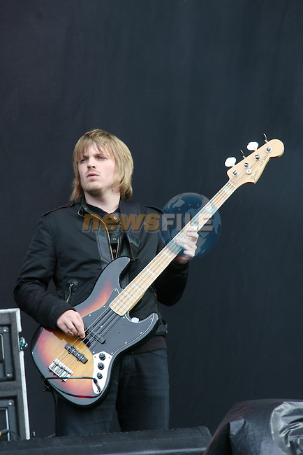 Chris Edwards of Kasabian at Slane 2009...Photo NEWSFILE/Jenny Matthews.(Photo credit should read Jenny Matthews/NEWSFILE)....This Picture has been sent you under the condtions enclosed by:.Newsfile Ltd..The Studio,.Millmount Abbey,.Drogheda,.Co Meath..Ireland..Tel: +353(0)41-9871240.Fax: +353(0)41-9871260.GSM: +353(0)86-2500958.email: pictures@newsfile.ie.www.newsfile.ie.FTP: 193.120.102.198.