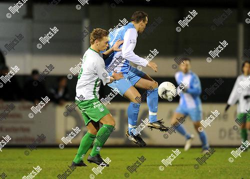 2011-01-15 / Voetbal / seizoen 2010-2011 / Dessel Sport - Torhout / Kurt Remen (L, Dessel) met Dieter Yde..Foto: Mpics