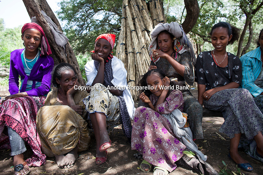 Ethiopia, Tigray region, Rayazebo District. Women on a break after working at the tree nursery part of the World Bank funded Sustainable Land Management Program