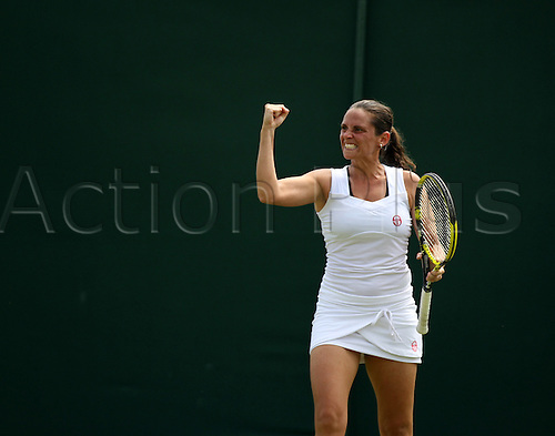28.06.2012 The All England Lawn Tennis and Croquet Club. London, England. Roberta Vinci during the game at court 5 between  Roberta Vinci ( ITA ) v Marina Erakovic ( NZL ) at The Championships Wimblendon, Lawn Tennis Club - London
