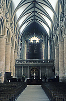 Gloucester: Glocester Cathedral--closer to Crossing. Note abrupt transition from simplicity of nave vaulting to complexity of Choir vaulting. Photo '90.