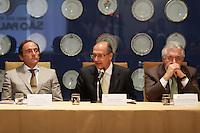ATEN&Ccedil;&Atilde;O EDITOR: FOTO EMBARGADA PARA VE&Iacute;CULOS INTERNACIONAIS. SAO PAULO, 05 DE SETEMBRO DE 2012. SEMINARIO COOPERACAO SAO PAULO PORTUGAL. O ministro portugues de negcios estrangeiros  Paulo Portas,governador de Sao Paulo, Geraldo Alckmin e o vice governador Guilherme Afif <br /> durante o Semin&aacute;rio de Coopera&ccedil;&atilde;o S&atilde;o Paulo - Portugal em Infraestrutura Urbana que aconteceu na tarde desta quarta feira no Palacio dos Bandeirantes na zona sul de S&atilde;o Paulo.<br /> FOTO ADRIANA SPACA / BRAZIL PHOTO PRESS