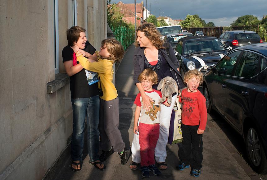 Portrat with Alix, Niels, Bass, Lucas and Felix. Bristol, England