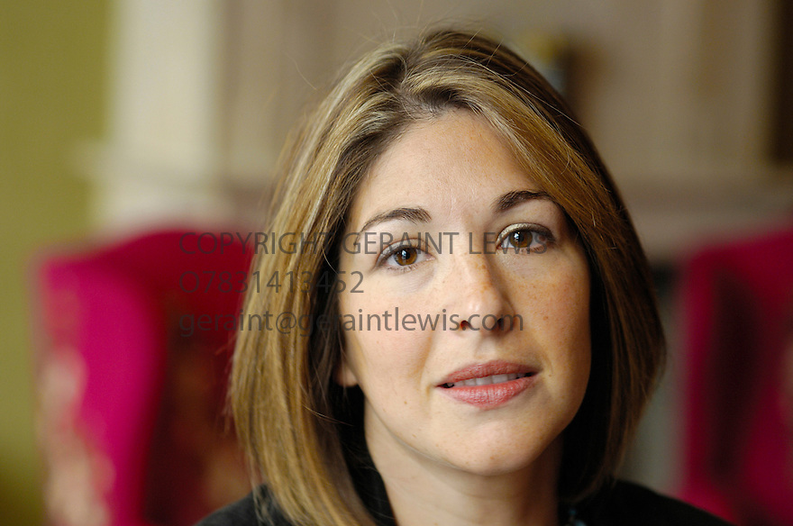 Naomi Klein,Canadian author and journalist known for her opposition to globalisation in London . 10/9/07. CREDIT Geraint Lewis