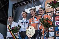 Podium:<br /> <br /> 1st place: Anna van der Breggen (NED/Boels Dolmans)<br /> 2nd place: Ashleigh Moolman (RSA/Cervélo Bigla Pro Cycling team)<br /> 3th place: Megan Guarnier (USA/Boels Dolmans)<br /> <br /> <br /> 21st La Flèche Wallonne Femmes <br /> 1 day race: Huy - Huy (118,5KM)