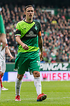 10.02.2019, Weserstadion, Bremen, GER, 1.FBL, Werder Bremen vs FC Augsburg<br /> <br /> DFL REGULATIONS PROHIBIT ANY USE OF PHOTOGRAPHS AS IMAGE SEQUENCES AND/OR QUASI-VIDEO.<br /> <br /> im Bild / picture shows<br /> Max Kruse (Werder Bremen #10) Kapit&auml;n / mit Kapit&auml;nsbinde und Trauerflor, <br /> <br /> Foto &copy; nordphoto / Ewert