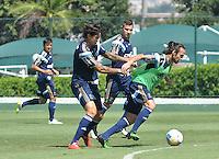 SÃO PAULO.SP. 02.04.2015 - PALMEIRAS TREINO - Jogadores do Palmeiras durante o treino na Academia de Futebol zona oeste na nesta quinta feira 02.  ( Foto: Bruno Ulivieri / Brazil Photo Press )