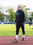 ***BETALBILD***  <br /> Uppsala 2015-05-21 Fotboll Superettan IK Sirius - Mj&auml;llby AIF :  <br /> Mj&auml;llbys tr&auml;nare Hans Larsson ser nedst&auml;md ut efter matchen mellan IK Sirius och Mj&auml;llby AIF <br /> (Foto: Kenta J&ouml;nsson) Nyckelord:  Superettan Sirius IKS Mj&auml;llby AIF depp besviken besvikelse sorg ledsen deppig nedst&auml;md uppgiven sad disappointment disappointed dejected tr&auml;nare manager coach
