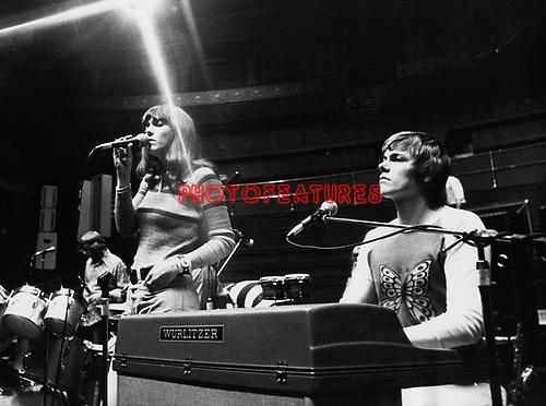 Carpenters 1971 Karen and Richard Carpenter...