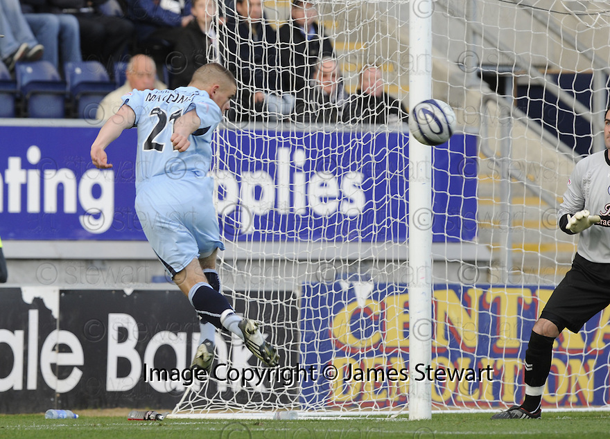 17/10/2009  Copyright  Pic : James Stewart.sct_jspa21_falkirk_v_st_mirren  . :: ALEX MACDONALD HEADS IN FALKIRK'S GOAL :: .James Stewart Photography 19 Carronlea Drive, Falkirk. FK2 8DN      Vat Reg No. 607 6932 25.Telephone      : +44 (0)1324 570291 .Mobile              : +44 (0)7721 416997.E-mail  :  jim@jspa.co.uk.If you require further information then contact Jim Stewart on any of the numbers above.........