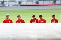 Torwart Lukas Hradecky (Eintracht Frankfurt), Torwart Jan Zimmermann (Eintracht Frankfurt), Mijat Gacinovic (Eintracht Frankfurt), Daichi Kamada (Eintracht Frankfurt), Slobodan Medojevic (Eintracht Frankfurt) kommen zum Training - 22.08.2017: Eintracht Frankfurt Training, Commerzbank Arena