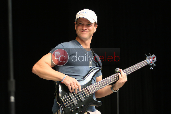 Gary Sinise<br />at the Katrina Benefit Concert hosted by K-Earth and KLSX. Greek Theatre, Hollywood, CA. 09-25-05<br />Jason Kirk/DailyCeleb.com 818-249-4998