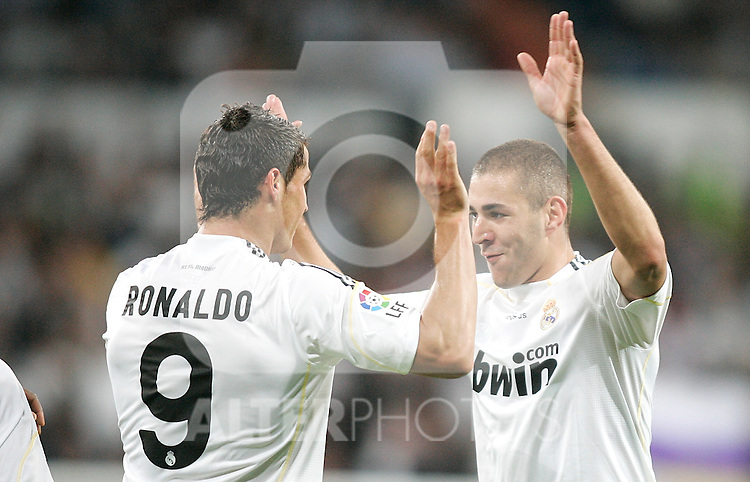 Real Madrid's Karim Benzema celebrates with Cristiano Ronaldo during La Liga match. September 20, 2009. (ALTERPHOTOS/Alvaro Hernandez).