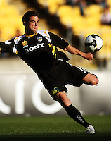 090104 A-League Football - Wellington Phoenix v Newcastle Jets