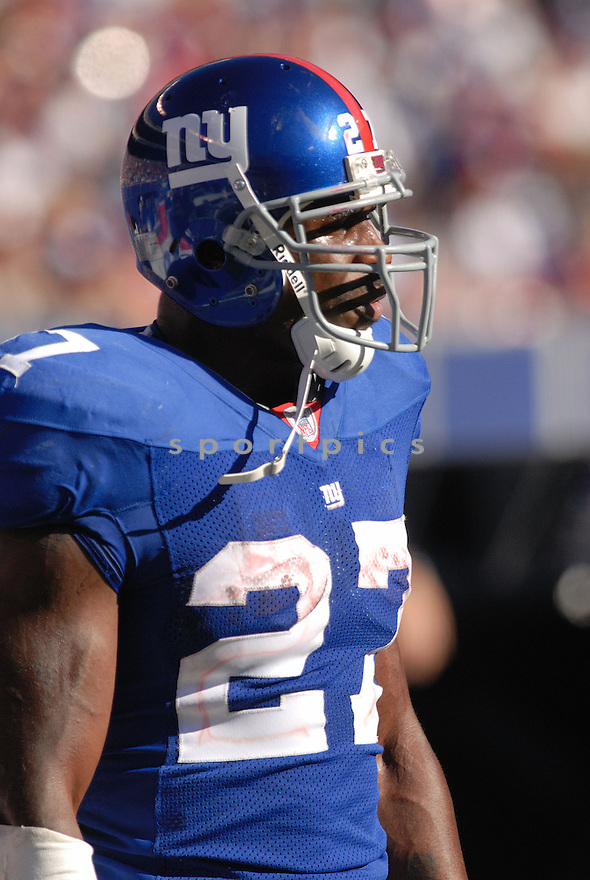 BRANDON JACOBS, of the New York Giants in action during the Giants game against the San Francisco 49ers on October 21, 2007 in Meadowlands, New Jersey...GIANTS win 33-15..SportPics