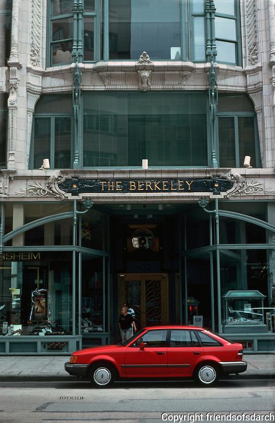 Boston:  Berkeley Building, detail. Enamelled white terracotta over lightweight steel.  Beaux-Arts style. Cooman & Despredelle, 1905.  Photo '91.