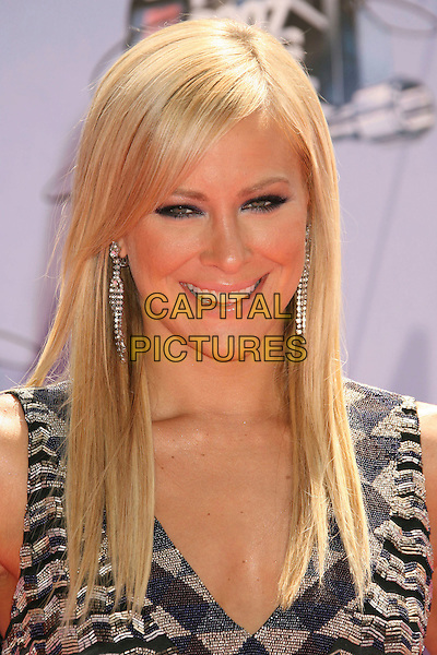 BRITTANY DANIEL .2007 MTV Movie Awards held at the Gibson Amphitheater, Universal City, California, USA..June 3rd, 2007.headshot portrait dangling earrings .CAP/ADM/RE.©Russ Elliot/AdMedia/Capital Pictures *** Local Caption *** ...