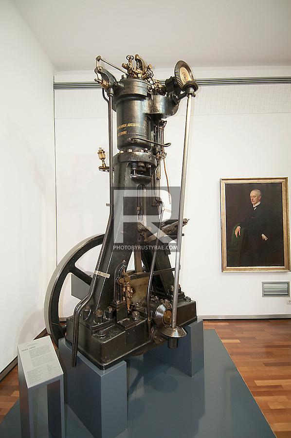 rudolf diesel first engine