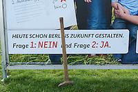 "2014/04/03 Berlin | CDU-Plakate zum Volksbegehren ""100% Tempelhof"""