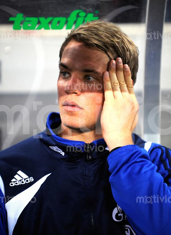 FUSSBALL   1. BUNDESLIGA   SAISON 2008/2009   6. SPIELTAG 1.FC Koeln - FC Schalke 04          26.09.2008 Manuel NEUER (Schalke) auf der Bank.