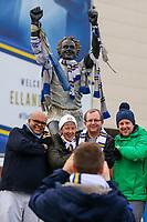Fans pose for pictures next to the Billy Bremner statue outside Elland Road, home of Leeds United FC<br /> <br /> Photographer Alex Dodd/CameraSport<br /> <br /> The EFL Sky Bet Championship - Leeds United v Blackburn Rovers - Wednesday 26th December 2018 - Elland Road - Leeds<br /> <br /> World Copyright &copy; 2018 CameraSport. All rights reserved. 43 Linden Ave. Countesthorpe. Leicester. England. LE8 5PG - Tel: +44 (0) 116 277 4147 - admin@camerasport.com - www.camerasport.com