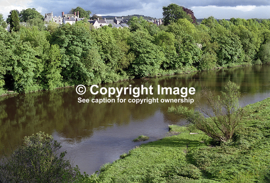 River Wye at Hay on Wye, Powys, Wales, UK, 200005248.<br />