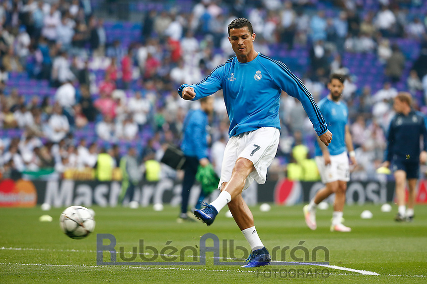 Real Madrid´s Portuguese forward Cristiano Ronaldo during the training before the match