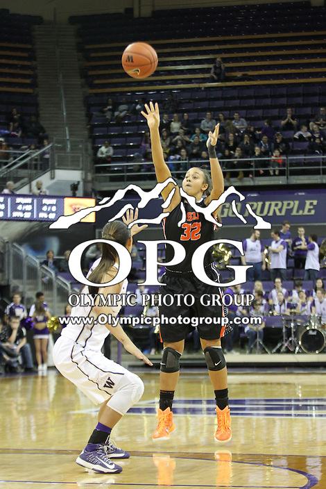 Feb 06, 2015:  Oregon State's Deven Hunter against Washington.  Washington defeated Oregon State 76-67 at Alaska Airlines Arena in Seattle, WA.