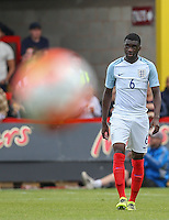 Fikayo Tomiri (Chelsea) of England during the International match between England U20 and Brazil U20 at the Aggborough Stadium, Kidderminster, England on 4 September 2016. Photo by Andy Rowland / PRiME Media Images.