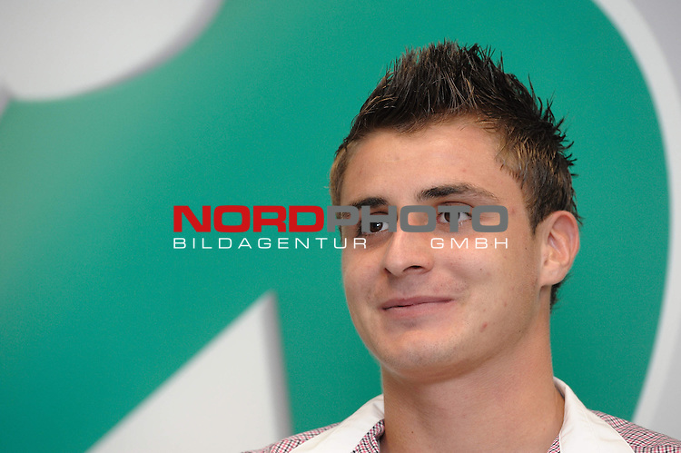 05.10.2011, Weserstadion, Bremen, GER, 1.FBL, Werder Bremen Interview Sebastian Mielitz, im Bild Sebastian Mielitz (Bremen #21)<br /> <br /> // during interview Spieler on 2011/10/05,  Weserstadion, Bremen, Germany.<br /> Foto &copy; nph / Frisch