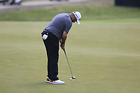 Shane Lowry (IRL) putts on the 3rd green during Friday's Round 2 of the 117th U.S. Open Championship 2017 held at Erin Hills, Erin, Wisconsin, USA. 16th June 2017.<br /> Picture: Eoin Clarke | Golffile<br /> <br /> <br /> All photos usage must carry mandatory copyright credit (&copy; Golffile | Eoin Clarke)
