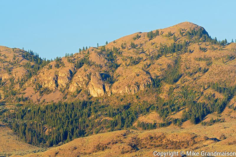 Mountains surrounding Osoyoos Lake in the Okanagan Valley.  Antelope brush and shrub-steppe ecosystem. Columbia Mountains, Osoyoos, British Columbia, Canada