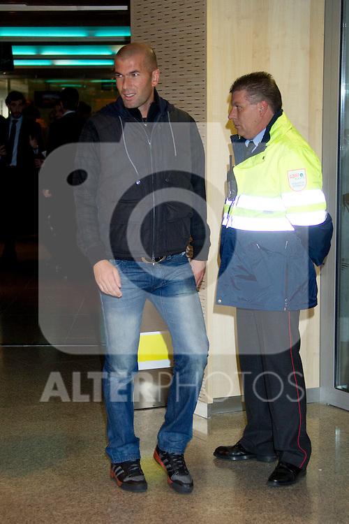 MADRID (08/11/2010).- Real Madrid players recieve new cars from Audi, team Sponsor. Zinedine Zidane...Photo: Cesar Cebolla / ALFAQUI