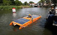 Nederland -  Purmerend - 23 juni  2018.  Solar Sport One race competitie. Wereldkampioenschap Solar Boat racen. Tweedaags evenement in Purmerend met boten die varen op zonne-energie. Slalom.   Foto Berlinda van Dam Hollandse Hioogte