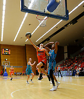 29th November 2019; Bendat Basketball Centre, Perth, Western Australia, Australia; Womens National Basketball League Australia, Perth Lynx versus Southside Flyers; Katie Ebzery of the Perth Lynx drives to the basket in front of Mercedes Russell of the Southside Flyers - Editorial Use