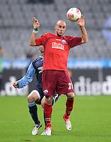 Fussball 2. Bundesliga:  Saison   2012/2013,    16. Spieltag  TSV 1860 Muenchen - SC Paderborn  27.11.2012 Daniel Brueckner (SC Paderborn 07)