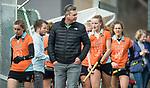 Den Haag - Hoofdklasse hockey dames, HDM-GRONINGEN  (6-2). coach Marc Materek (Gron.)  COPYRIGHT KOEN SUYK