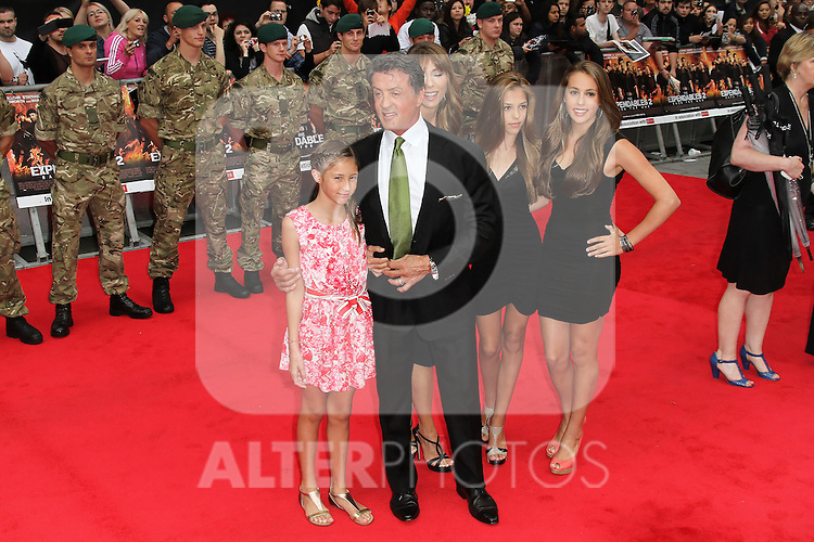 LONDON - AUGUST 13: Sylvester Stallone; Jennifer Flavin attended the UK Film Premiere of 'The Expendables 2', Leicester Square, London, UK. August 13, 2012. (Photo by Richard Goldschmidt) /NortePhoto.com.... **CREDITO*OBLIGATORIO** *No*Venta*A*Terceros*..*No*Sale*So*third* ***No*Se*Permite*Hacer Archivo***No*Sale*So*third*
