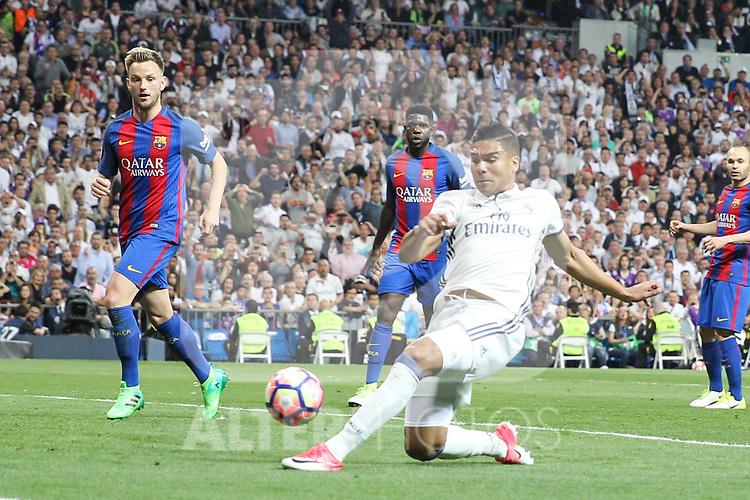 Carlos Henrique Casemiro of Real Madrid during the match of La Liga between Real Madrid and Futbol Club Barcelona at Santiago Bernabeu Stadium  in Madrid, Spain. April 23, 2017. (ALTERPHOTOS)