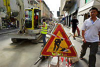 milano,  quartiere sarpi - chinatown. lavori in via paolo sarpi per la creazione di una zona a traffico limitato (ztl) --- milan, sarpi district - chinatown. works for the closing to traffic of paolo sarpi street