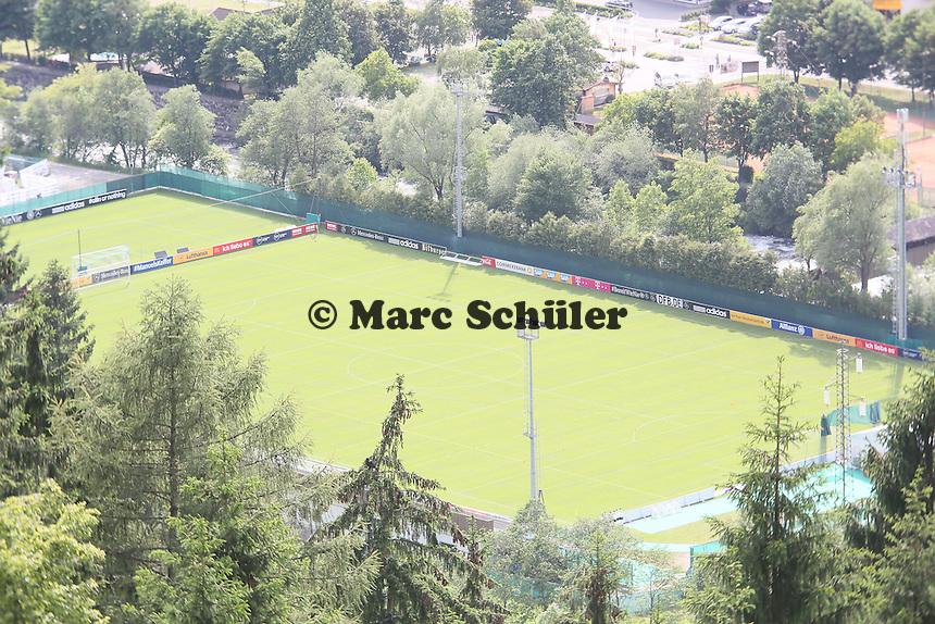 Trainingsplatz in St. Martin - Testspiel der Deutschen Nationalmannschaft gegen die U20 im Rahmen der WM-Vorbereitung in St. Martin
