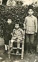 Syrie 1920?.Adnan, Adel, Shemdin Shemdin.Syria 1920?.Adnan, Adel and Shemdin Shemdin