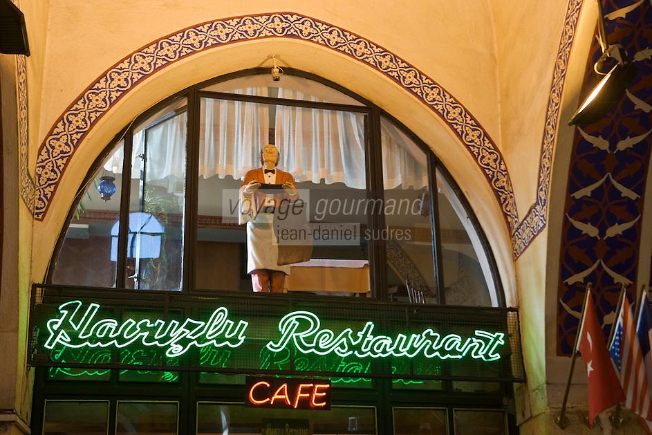 Europe/Turquie/Istanbul :  Enseigne d'un restaurant dans le Grand Bazar