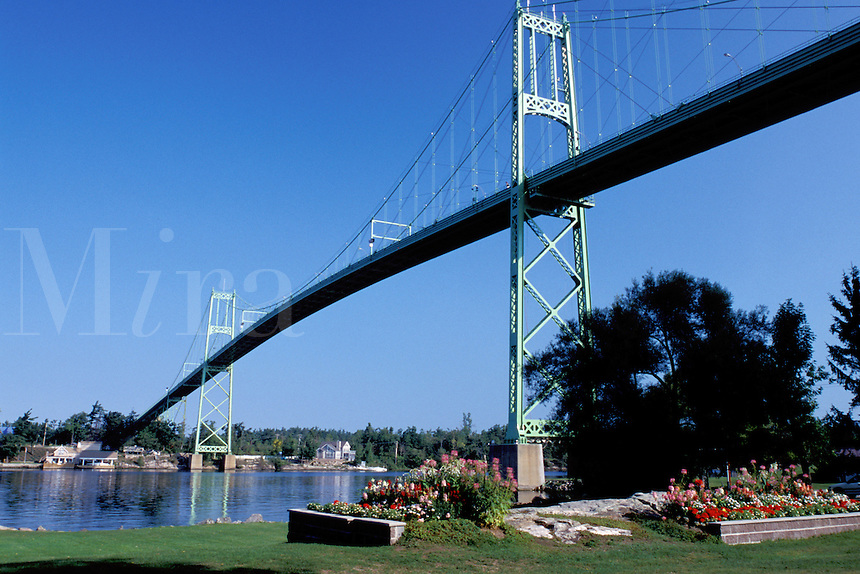 bridge, Thousand Islands, International Bridge, Alexandria Bay, New York, St. Lawrence River, NY, International Bridge crosses the St. Lawrence River into Ontario, Canada.