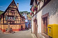 France, Alsace, Haut-Rhin, Niedermorschwihr: coloured half-timbered houses | Frankreich, Elsass, Haut-Rhin, Niedermorschwihr: bunte Fachwerkhaeuser