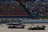 Will Power, Team Penske Chevrolet, Tony Kanaan, A.J. Foyt Enterprises Chevrolet, James Hinchcliffe, Schmidt Peterson Motorsports Honda