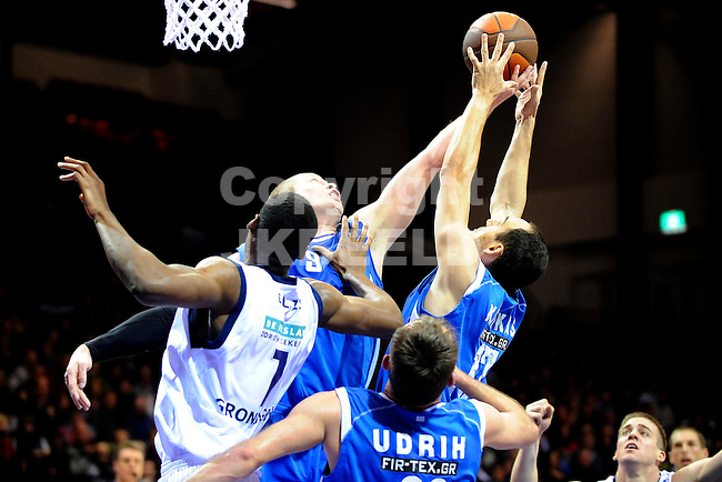 basketbal gasterra flames - panellinios europa cup seizoen 2010-2011 21-12-2010 jason ellis met derrick byars