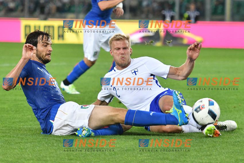 Marco Parolo Italia, Paulus Arajuuri Finlandia.<br /> Verona 28-05-2016 Stadio Marcantonio Bentegodi.<br /> Italia - Finlandia<br /> Friendly Match. Foto Andrea Staccioli / Insidefoto