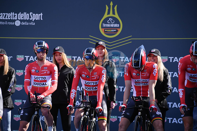 Lotto-Soudal team on the start ramp of the 1st stage of the race of the two seas, 52nd Tirreno-Adriatico by NamedSport a 22.7km Team Time Trial around Lido di Camaiore, Italy. 8th March 2017.<br /> Picture: La Presse/Gian Mattia D'Alberto | Cyclefile<br /> <br /> <br /> All photos usage must carry mandatory copyright credit (&copy; Cyclefile | La Presse)