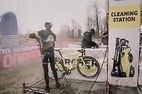 Cleaning Station<br /> <br /> Junior Men's Race<br /> Belgian National CX Championschips<br /> Kruibeke 2019
